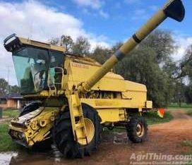 New Holland 8070 sperry Combine Harvester Turbo Hydro