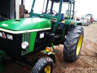 Tractor Johndeere 720